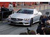 foto-galeri-mercedes-benz-sl63-amg-makes-564-hp-with-performance-pack-10112.htm