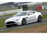 Aston Martin debuts upgraded Vantage GT4