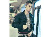 Ronaldo parasıyla rezil oldu