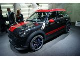 foto-galeri-new-mini-countryman-jcw-and-clubvan-concept-in-geneva-10582.htm