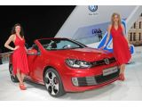 foto-galeri-new-volkswagen-golf-gti-cabriolet-live-photos-in-geneva-10583.htm