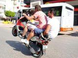 Motosiklette ölüm dansı