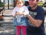 Ünlü oyuncu kızıyla görüntülendi
