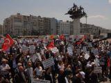 Binlerce avukat İzmir'de