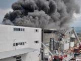 Bursa'da mobilya sanayi sitesinde yangın