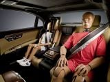foto-galeri-mercedes-introduces-inflatable-rear-seat-belts-13706.htm