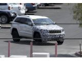 foto-galeri-2014-jeep-grand-cherokee-srt8-facelift-spied-14479.htm