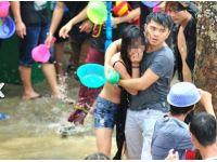 Su festivalinde akıl almaz teciz