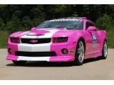 foto-galeri-chevrolet-camaro-pace-car-goes-pink-for-a-cause-14747.htm