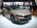 Volvo V40 Cross Country: Paris 2012