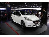 Peugeot 208 GTi makes its Paris debut