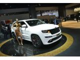 foto-galeri-2013-jeep-grand-cherokee-srt8-limited-edition-brings-some-us-flavor-to-p-15448.htm