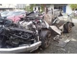 foto-galeri-four-people-died-after-two-nissan-gt-rs-crashed-in-malaysia-15720.htm
