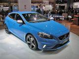 2013 Volvo V40 R Design: Paris 2012