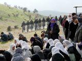 Asker öldürülen PKK'lıları böyle taşıdı
