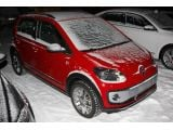 foto-galeri-volkswagen-cross-up-spied-without-camo-16322.htm