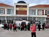 Antalya'da liseye kanlı baskın