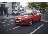 Opel Zafira Tourer BiTurbo is the fastest diesel compact seven-seater va