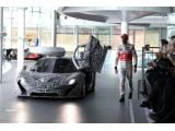 foto-galeri-mclaren-p1-gets-driven-by-jenson-button-17815.htm
