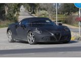 foto-galeri-alfa-romeo-4c-confirmed-with-237-hp-and-a-roadster-version-17876.htm
