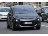 foto-galeri-2013-citroen-c4-picasso-shows-its-bold-new-face-17978.htm