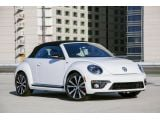 2014 Volkswagen Beetle Convertible R-Line debuts in Chicago