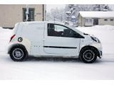 foto-galeri-next-gen-smart-forfour-mule-spied-winter-testing-18181.htm