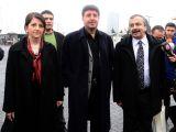 BDP'li vekillerden Öcalan'a hediye