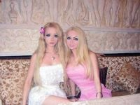 Barbie Bebek Valeria Lukyanova'nın Gerçek Ailesi