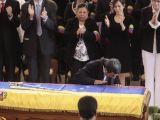 Ahmedinejad'dan Chavez'e son öpücük