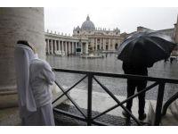 Vatikan'da heyecanlı bekleyiş