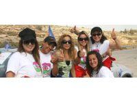 Filistin'in özgür kızları
