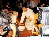 Dünya Papa 'Francesco'nun Bu Karelerini Paylaşıyor