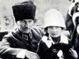 Atatürk'ün Kucağına Oturan Küçük Kız Vafat Etti