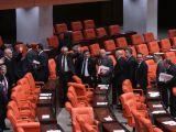 CHP ve MHP Genel Kurul'u terk etti