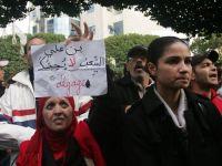 Tunus karıştı, erken seçim ilan edildi