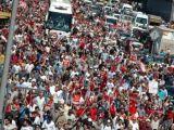 CHP'liler Beşiktaş'tan Taksim Gezi Parkı'na Yürüdü