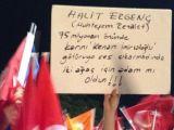 AK Gençlikten Halit Ergenç'e Yönelik Edepsiz Pankart