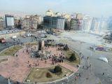 Taksim Meydanı 'Duman Oldu'