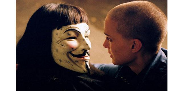 Yine bir başkaldırı filmi olan vendetta maskeleriyle dünyayı sarmış