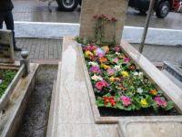 Gaffar Okkan Hendek'te mezarı başında anıldı