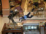 Kenya'da saldırı anı fotoğraflandı