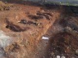 Kışlada 6 mezar ve insan kemikleri bulundu