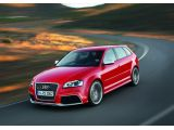 foto-galeri-audi-rs3-plays-winter-sports-video-shows-the-audi-rs3-using-its-quattro-3204.htm