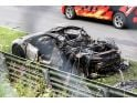 foto-galeri-acura-nsx-prototype-bursts-into-flames-at-the-nurburgring-photos-33486.htm