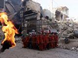 Suriye'de çocukları kafese koyup...