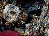 foto-galeri-mucevherlerle-gomulen-iskeletler-42008.htm