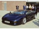 Jaguar XJ220 – The Inside Story