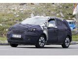 2012 Opel 'baby Antara' compact SUV spied 22.06.2011 / Copyrig