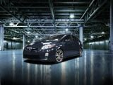 foto-galeri-2011-toyota-prius-plus-performance-package-5873.htm